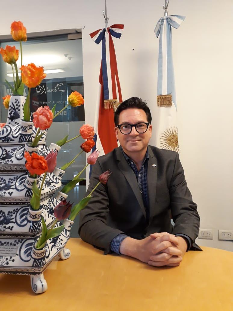 Andre Das Camara de comercio Argentino Holandesa